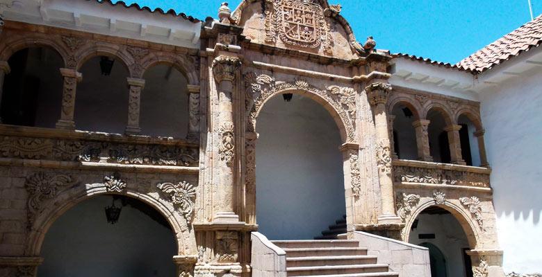 Museo Nacional de Etnografía y Folklore (MUSEF)