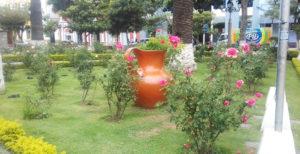 Flores: Plaza Luis de Fuentes y Vargas