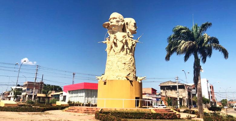 Monumento a los Héroes de la Batalla de Bahía