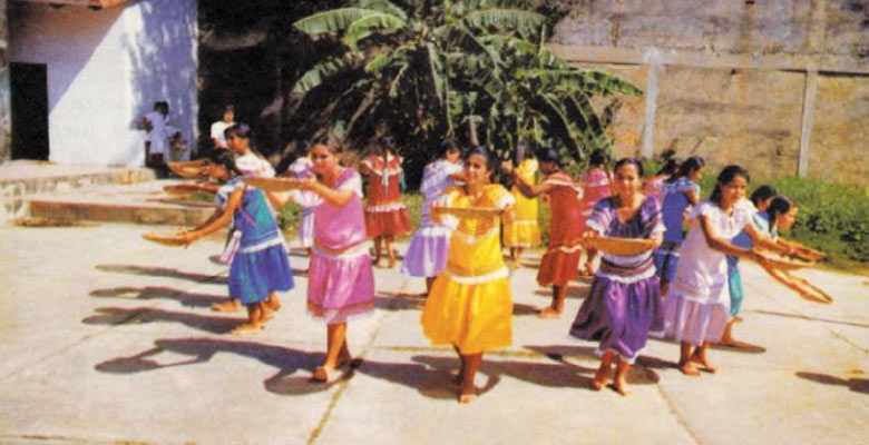 Danza Las Mózoras